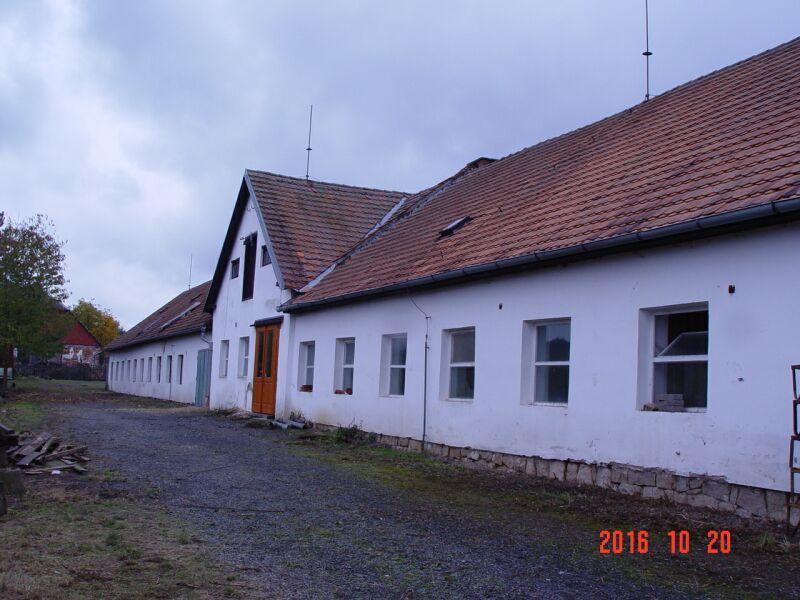 Foto 1 - Prodej: Rodinný dům (Zem. usedlosti) Budíškovice