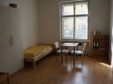 Pronájem bytu 1+1, Praha - Žižkov, Žerotínova, 3.750,- Kč/měsíc
