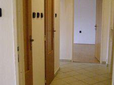 Prodej bytu 2+1, Plzeň, Strnadova, 1.950.000,- Kč