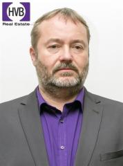Realitní makléř Jiří Matějka