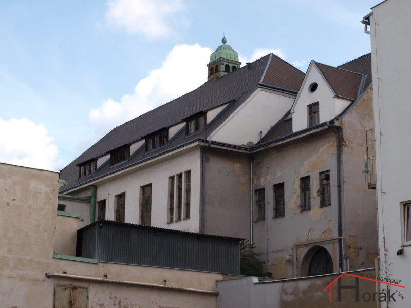 Pohled na zadní stranu domu