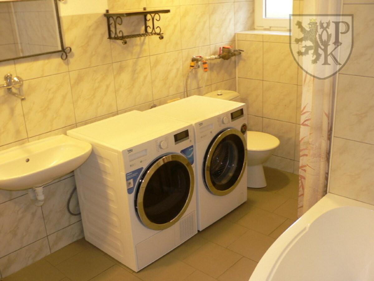 Suterén prádelna