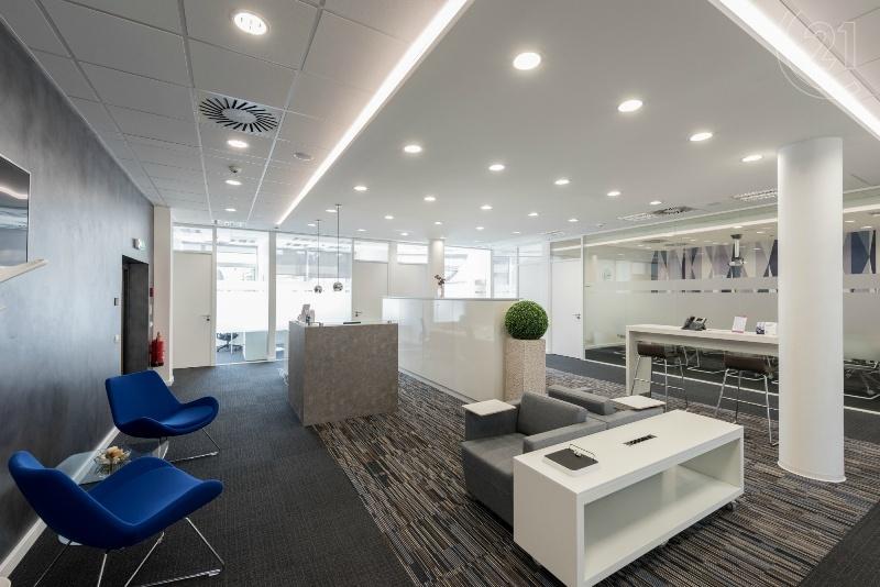 PALAC IP PAVLOVA_business lounge