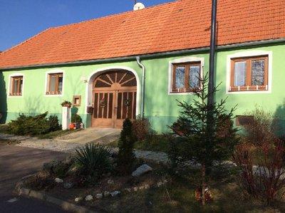 Pronájem rodinného domu 200 m² Vratěnín
