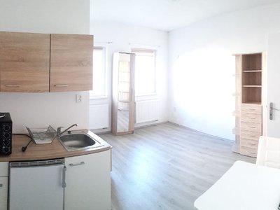 Pronájem bytu 1+kk, garsoniery 26 m² Lišov