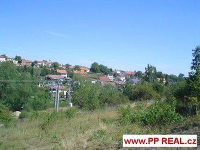 Prodej stavební parcely 18440 m² Klecany