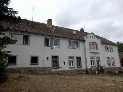 Prodej dvougeneračního domu 2000 m² Cerhonice