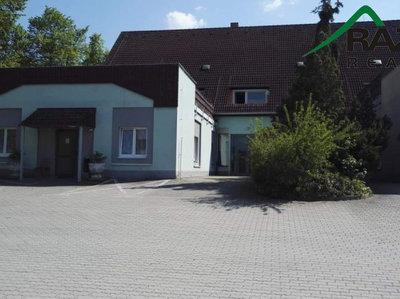 Pronájem činžovního domu 930 m² Černošín