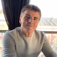 Realitní makléř  Hilmo Kolenović